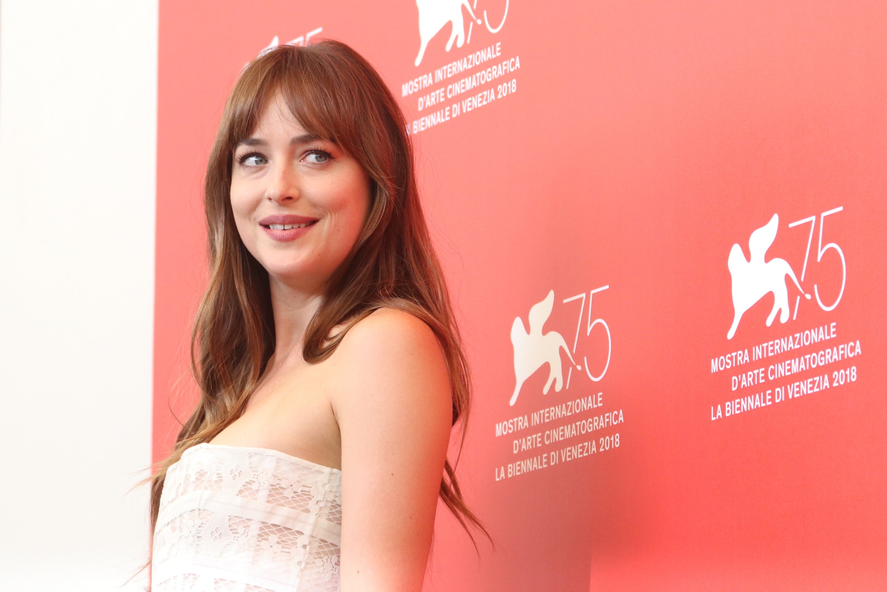 Venezia 2018: Dakota Johnson al photocall di Suspiria