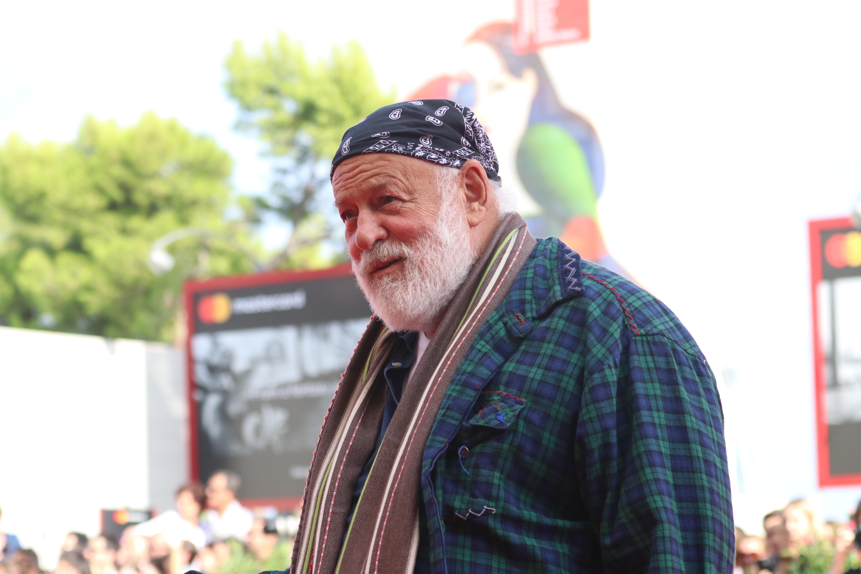Venezia 2018: Bruce Weber sul red carpet di L'amica geniale