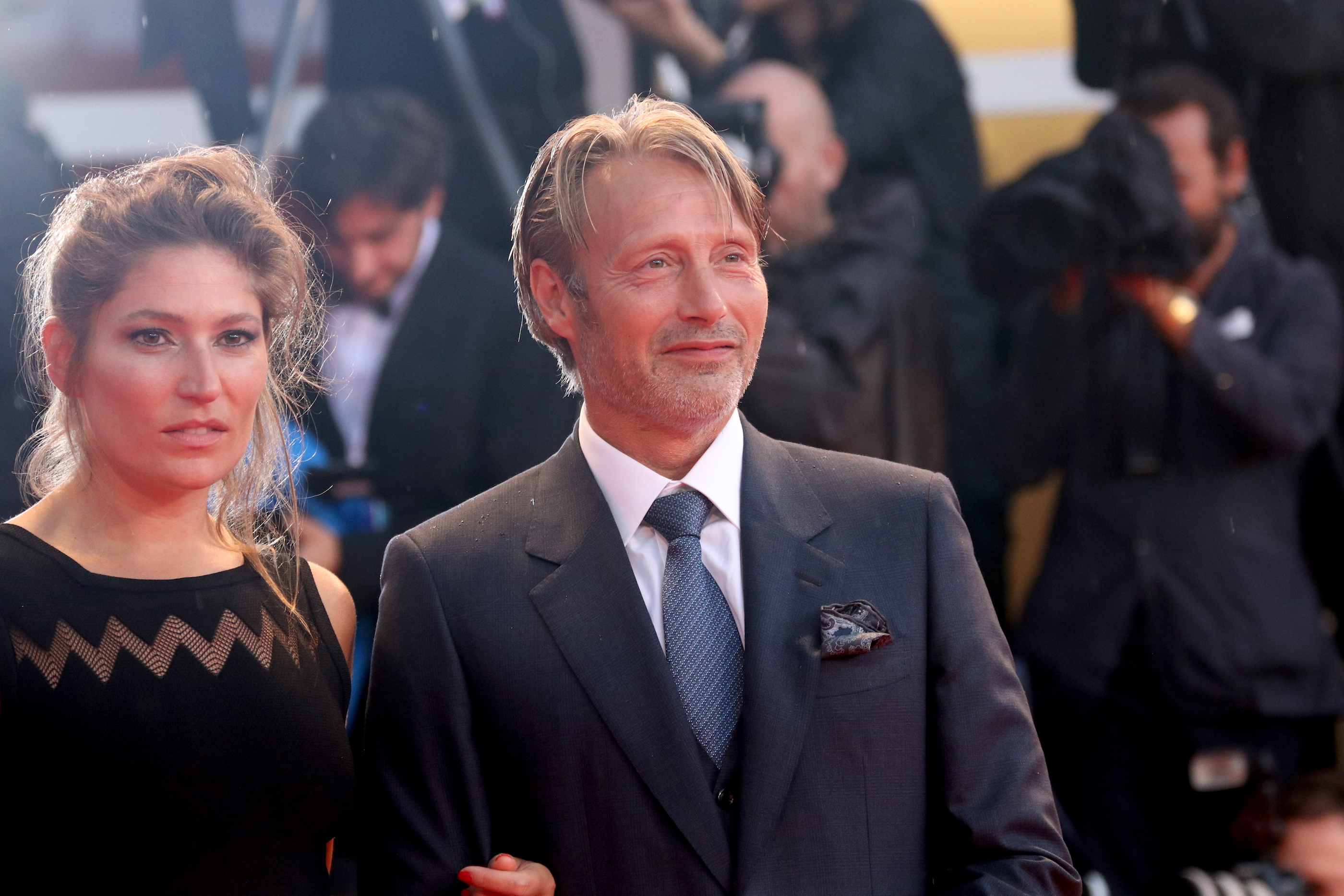Venezia 2018: Mads Mikkelsen sul red catpet di At Eternity's Gate