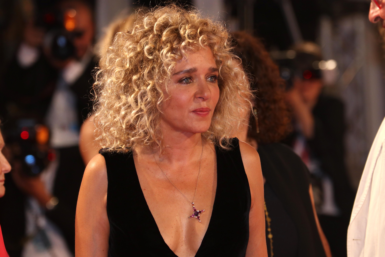 Venezia 2018: Valeria Golino sul red carpet di Les Estivants