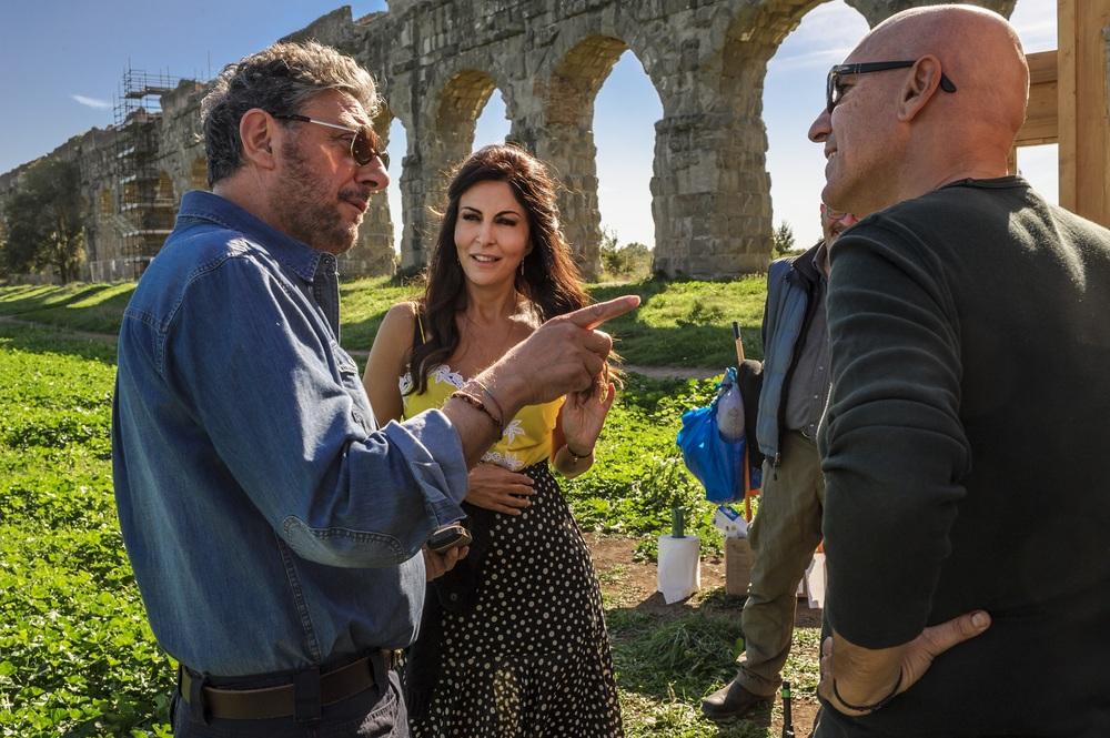 Ricchi di fantasia: Sergio Castellitto e Sabrina Ferilli sul set del film
