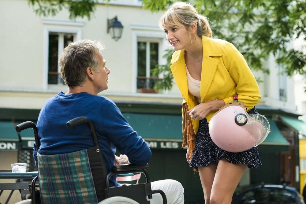 Tutti in piedi: Franck Dubosc e Caroline Anglade in una scena del film