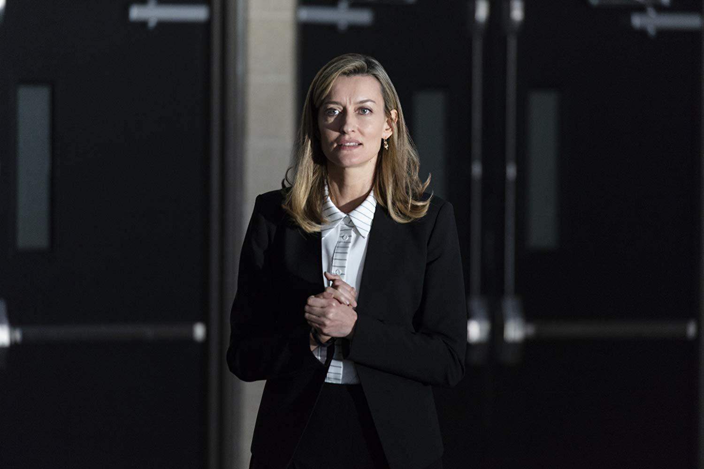 The First: Natascha McElhone in una scena dell'episodio Near and Fear