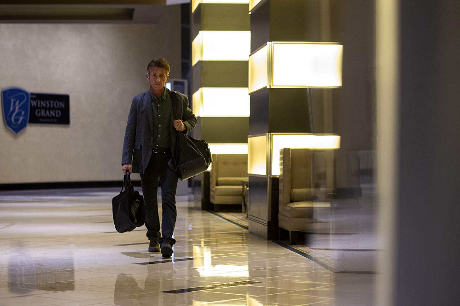 The First: Sean Penn nell'episodio What's Needed