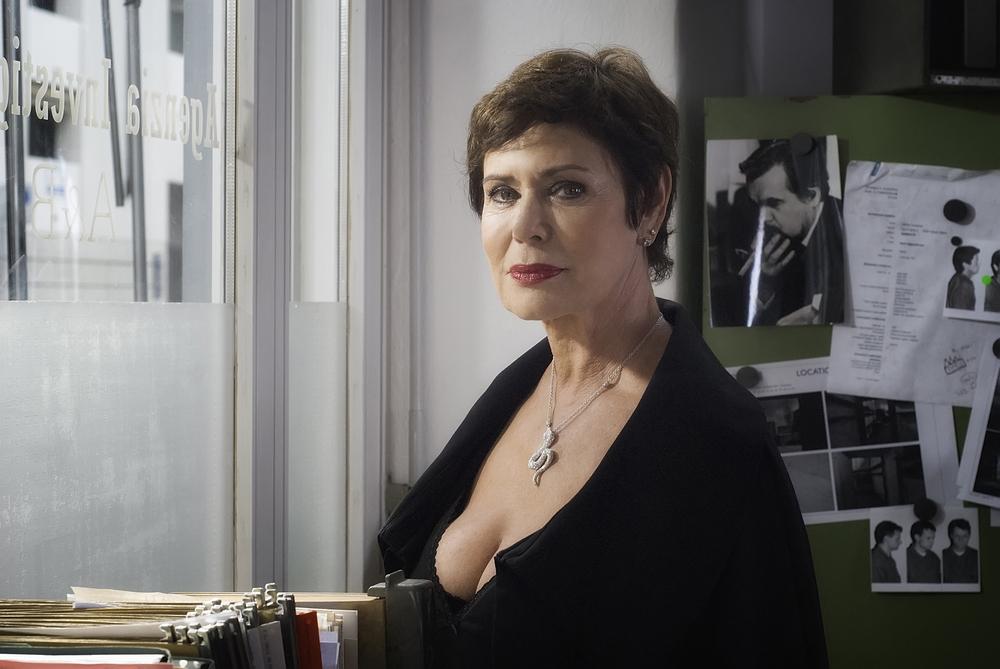 Oltre la nebbia - Il mistero di Rainer Merz: Corinne Clery in una scena del film
