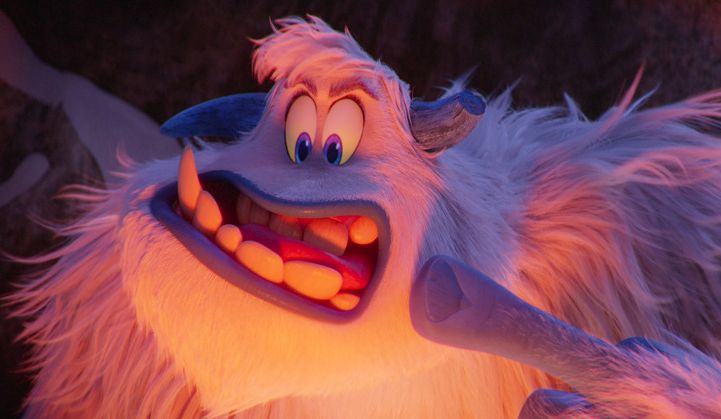 Smallfoot - Il mio amico delle nevi: una scena del film d'animazione
