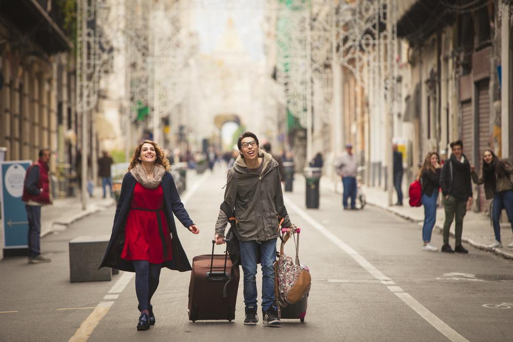 La fuitina sbagliata: Claudio Casisa e Annandrea Vitrano in un'immagine del film