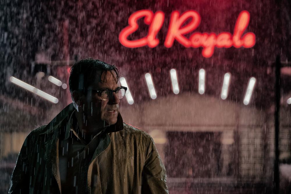 7 sconosciuti a El Royale: Jon Hamm in un momento del film