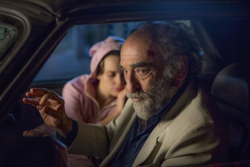 In viaggio con Adele: Alessandro Haber e Sara Serraiocco in un momento del film