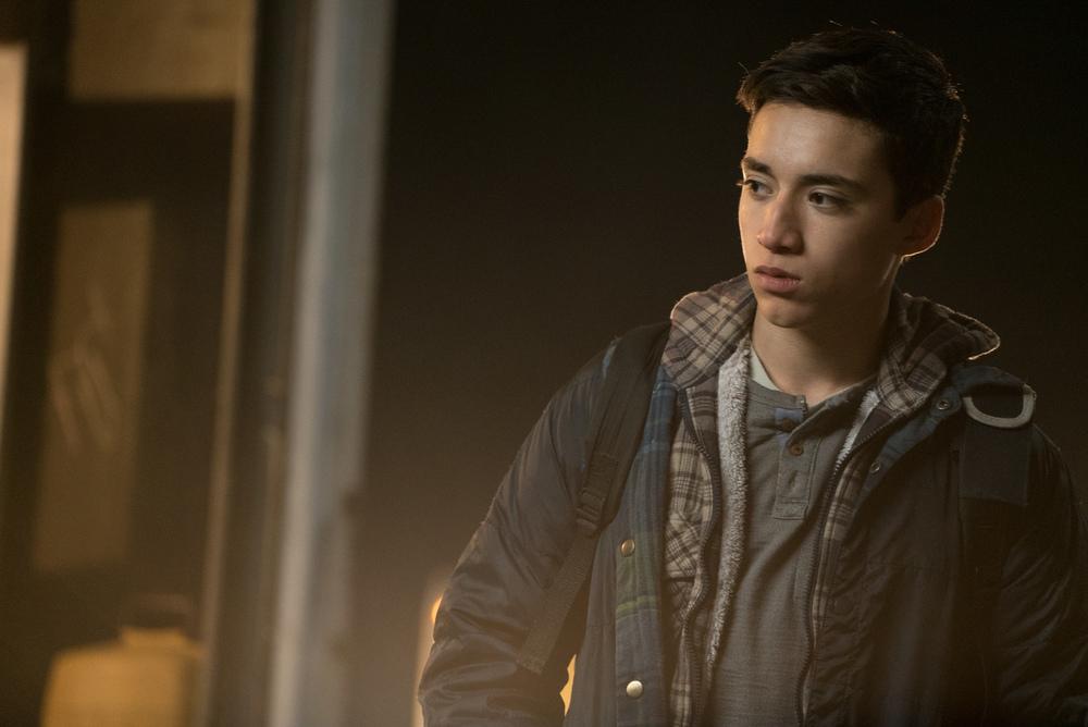 Soldado: Elijah Rodriguez in un momento del film