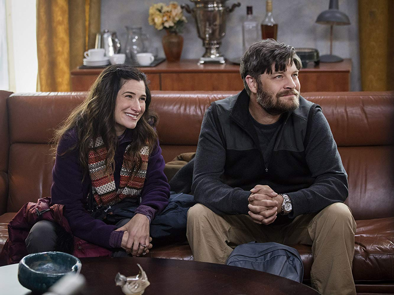 The Romanoffs: Jay R. Ferguson, Kathryn Hahn nell'episodio End of the Line