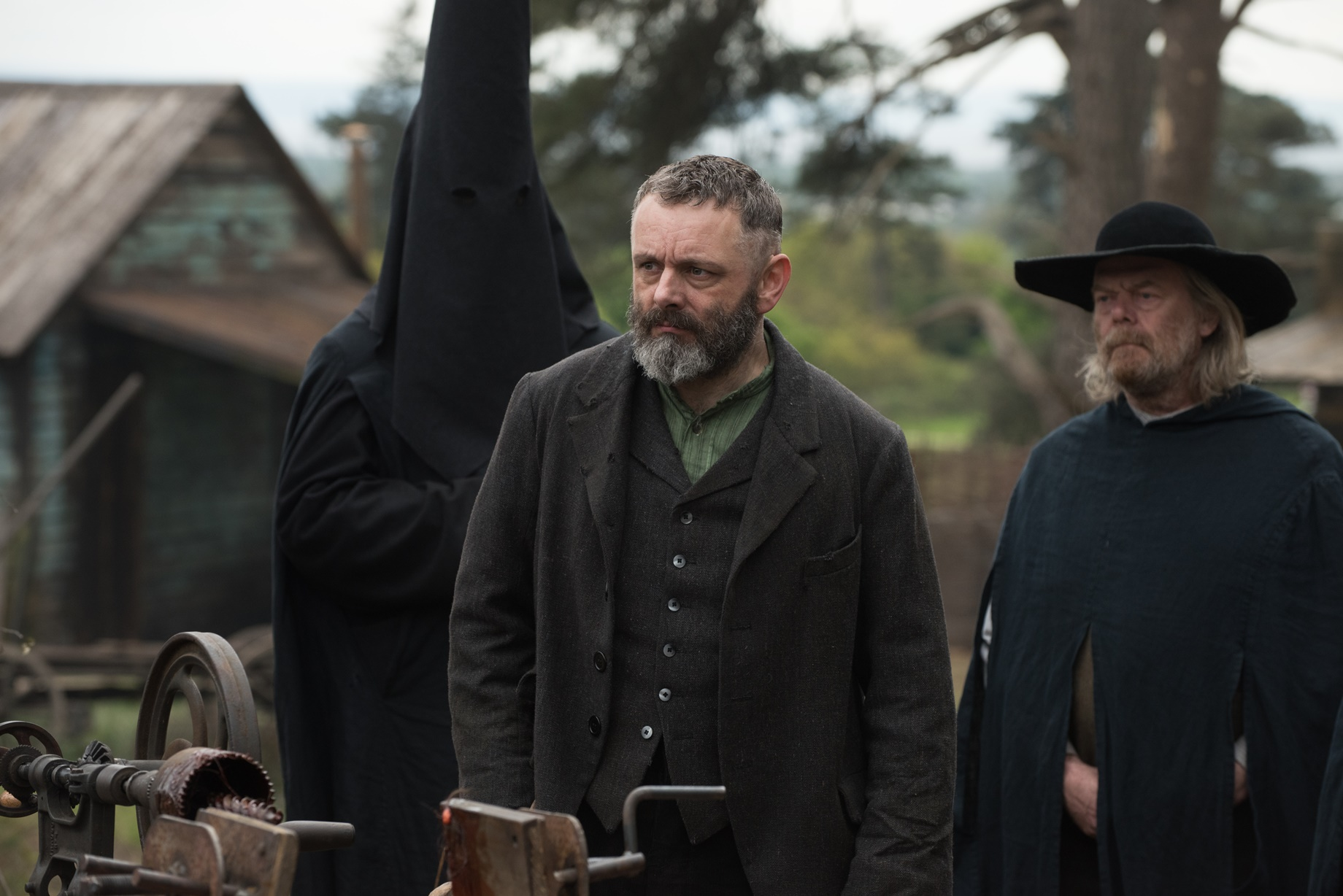 Apostolo: Michael Sheen in una scena del film Netflix