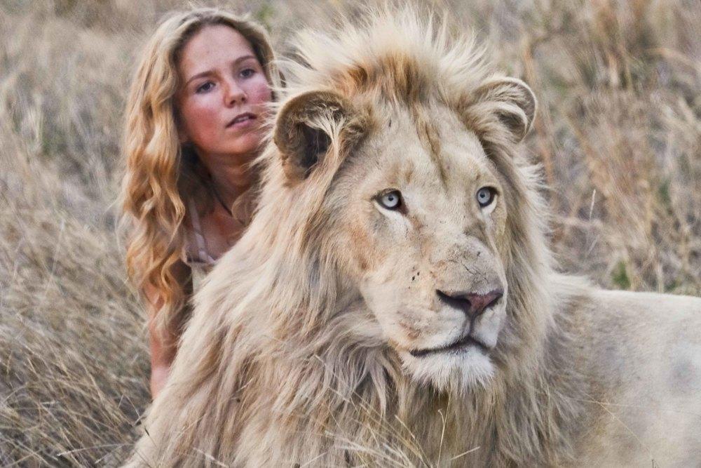 Mia e il leone bianco: Daniah De Villiers in un momento del film