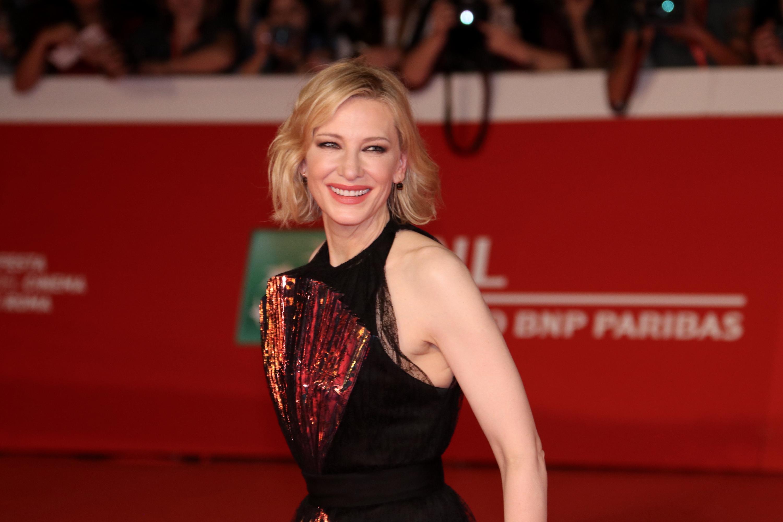 Roma 2018: una sorridente Cate Blanchett sul red carpet de Il mistero della casa del tempo