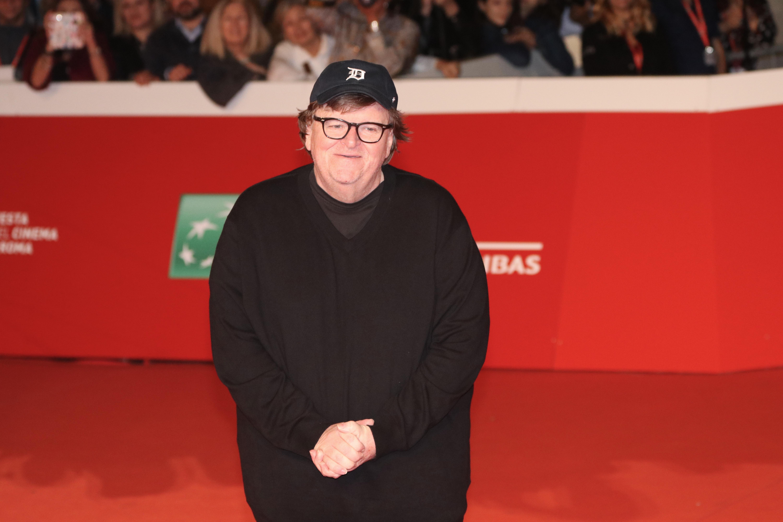 Roma 2018: una foto di Michael Moore sul red carpet