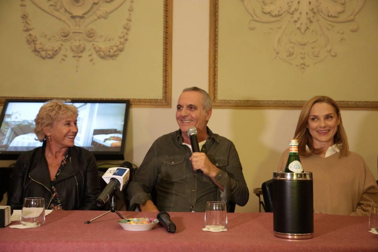 Pezzi unici: la regista Cinzia Th. Torrini con Giorgio Panariello e Fabrizia Sacchi