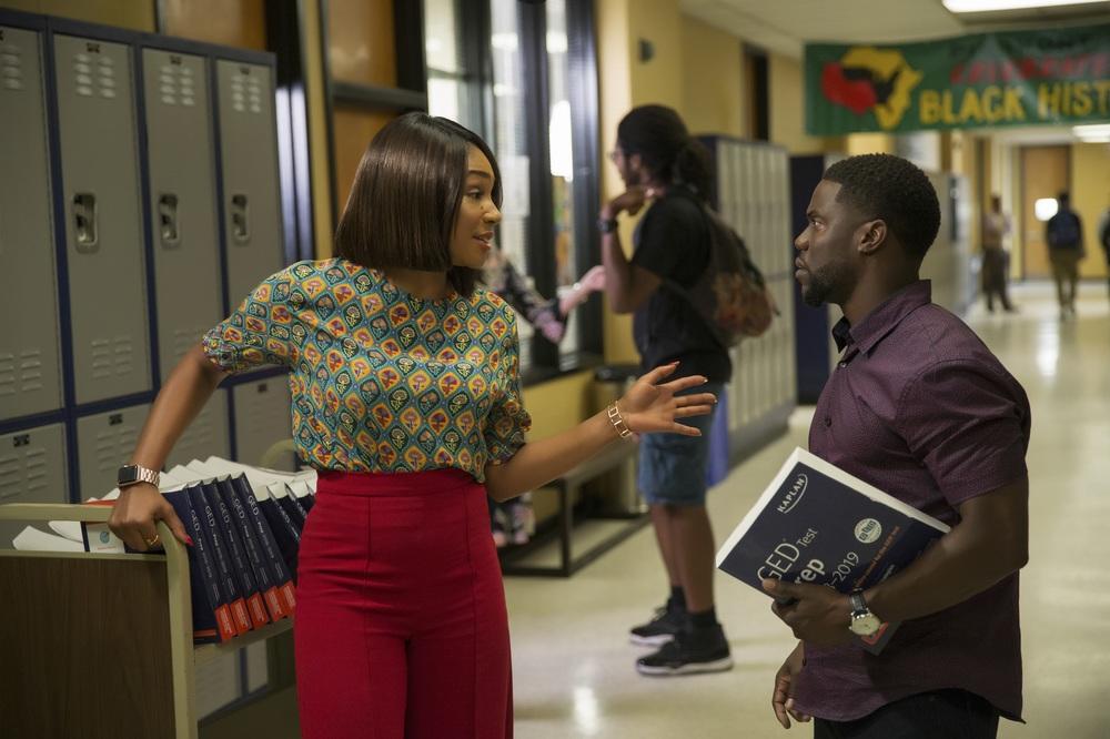 La scuola serale: Tiffany Haddish e Kevin Hart in una scena del film
