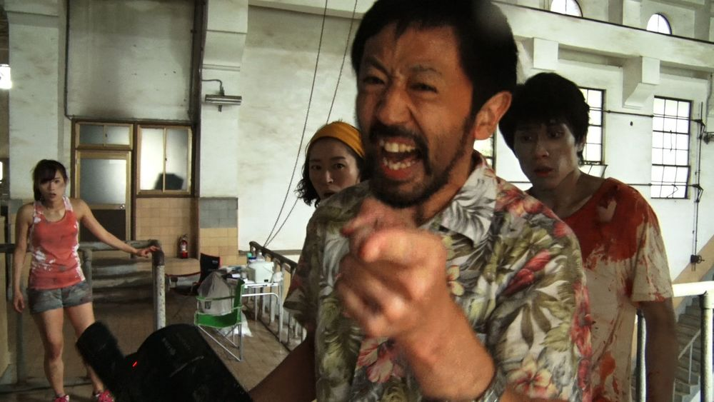 Zombie contro zombie: un'immagine tratta dal film