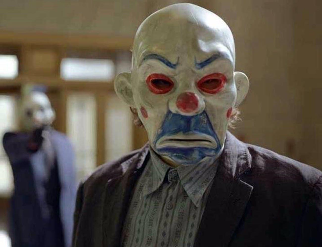 The Dark Knight: il Joker mascherato da ladro di banche
