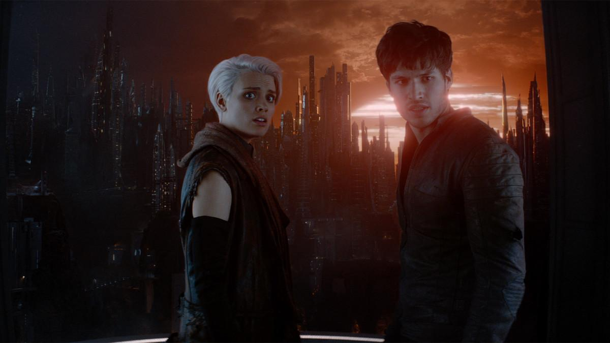 Krypton: Cameron Cuffe, Wallis Day nel'episodio Hope