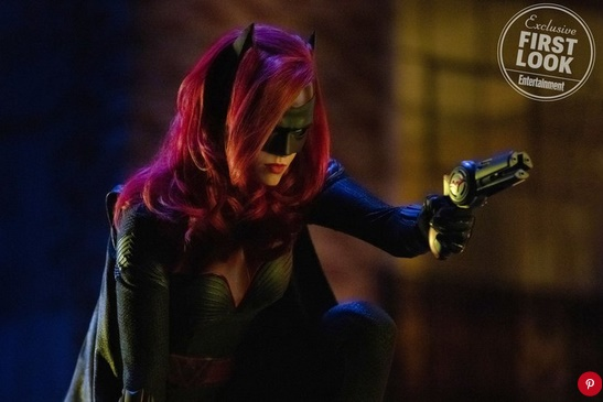 Elseworlds: Ruby Rose in una foto del crossover