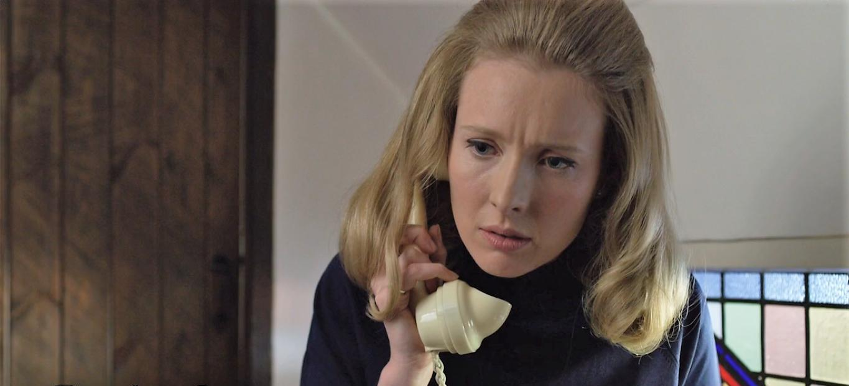 A Very English Scandal: Alice Orr-Ewing in una scena della serie
