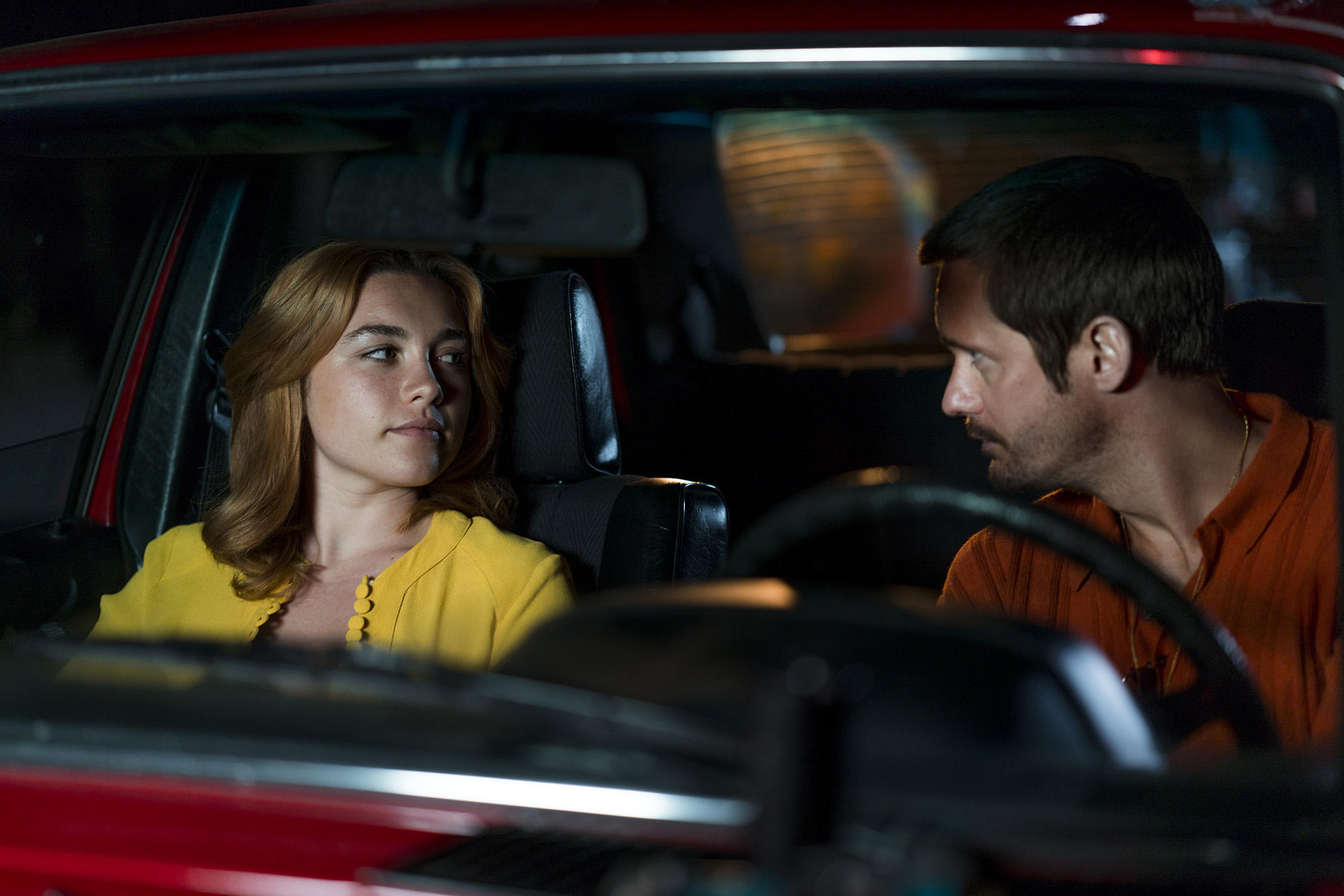 The Little Drummer Girl: Florence Pugh e Alexander Skarsgård in una scena