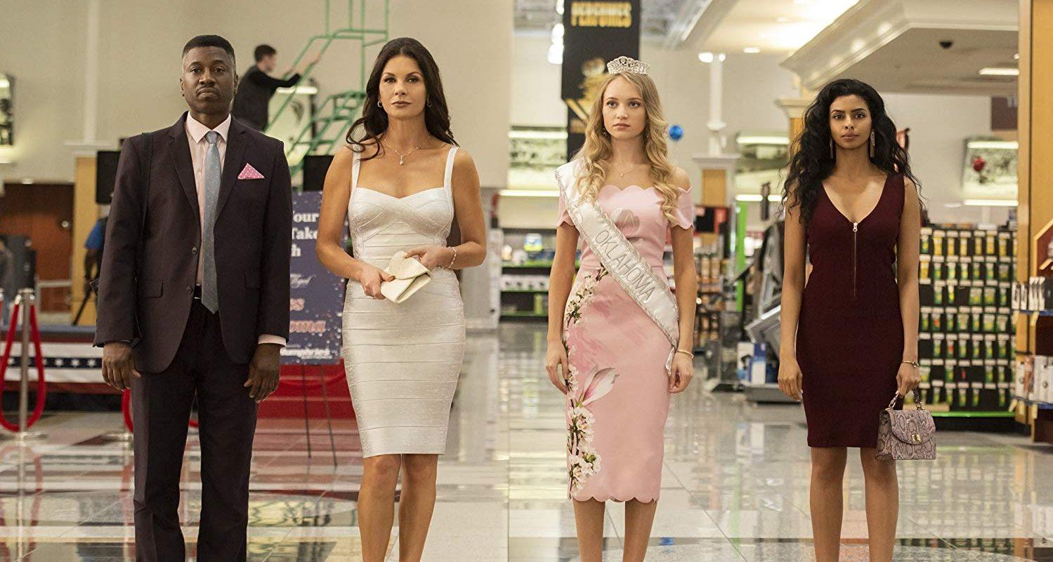 Queen America: Catherine Zeta-Jones, Belle Shouse in una scena