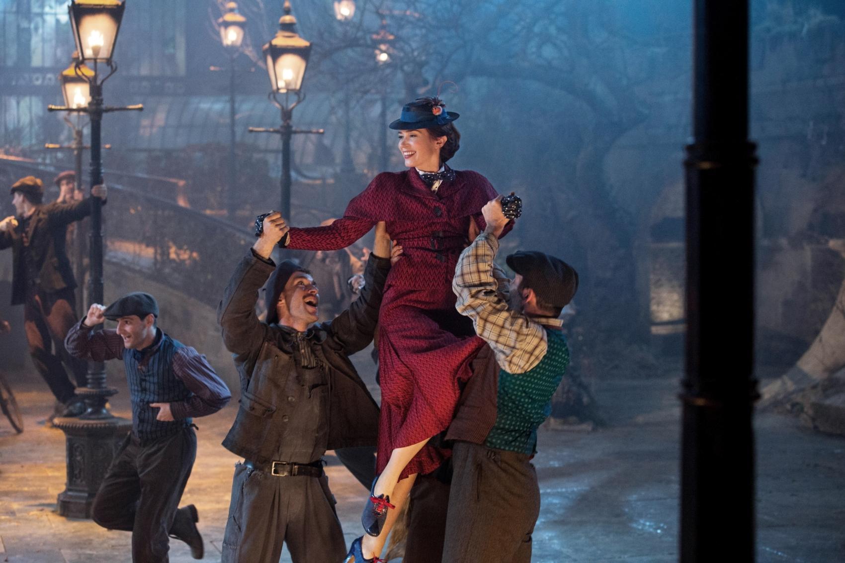 Il ritorno di Mary Poppins: una nuova foto di Emily Blunt