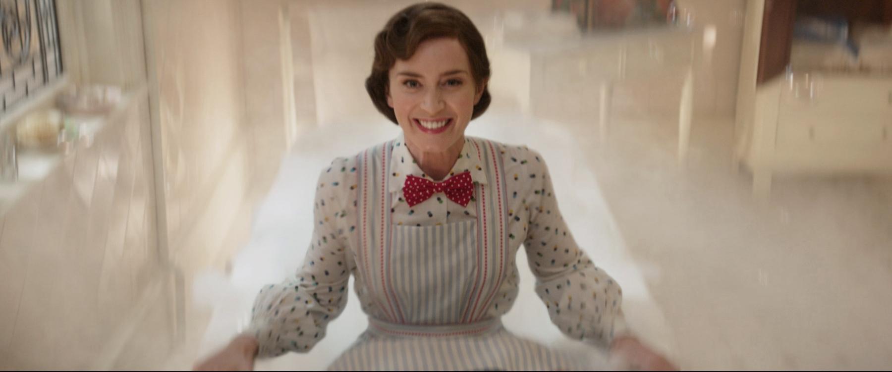 Il Ritorno di Mary Poppins: Emily Blunt è Mary Poppins in una scena del film
