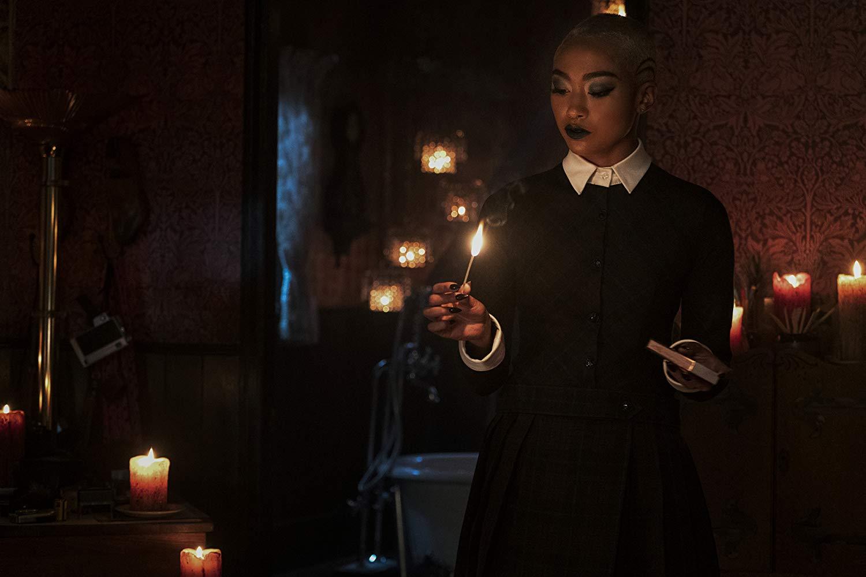 Le terrificanti avventure di Sabrina, A Midwinter's Tale: Tati Gabrielle in una scena