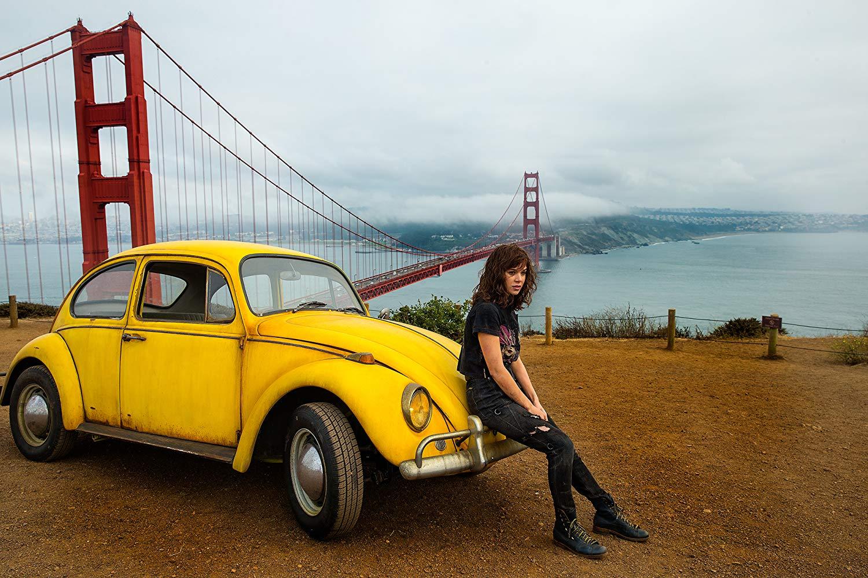 Bumblebee: Hailee Steinfeld in un'immagine promozionale
