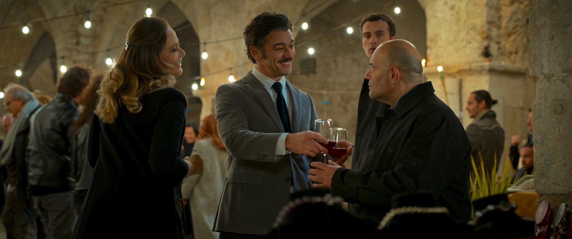 Wine to Love: Ornella Muti, Michele Venitucci e Domenico Fortunato in una scena
