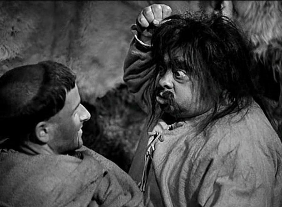 Francesco Giullare di Dio: Aldo Fabrizi e Nazario Gerardi in una scena