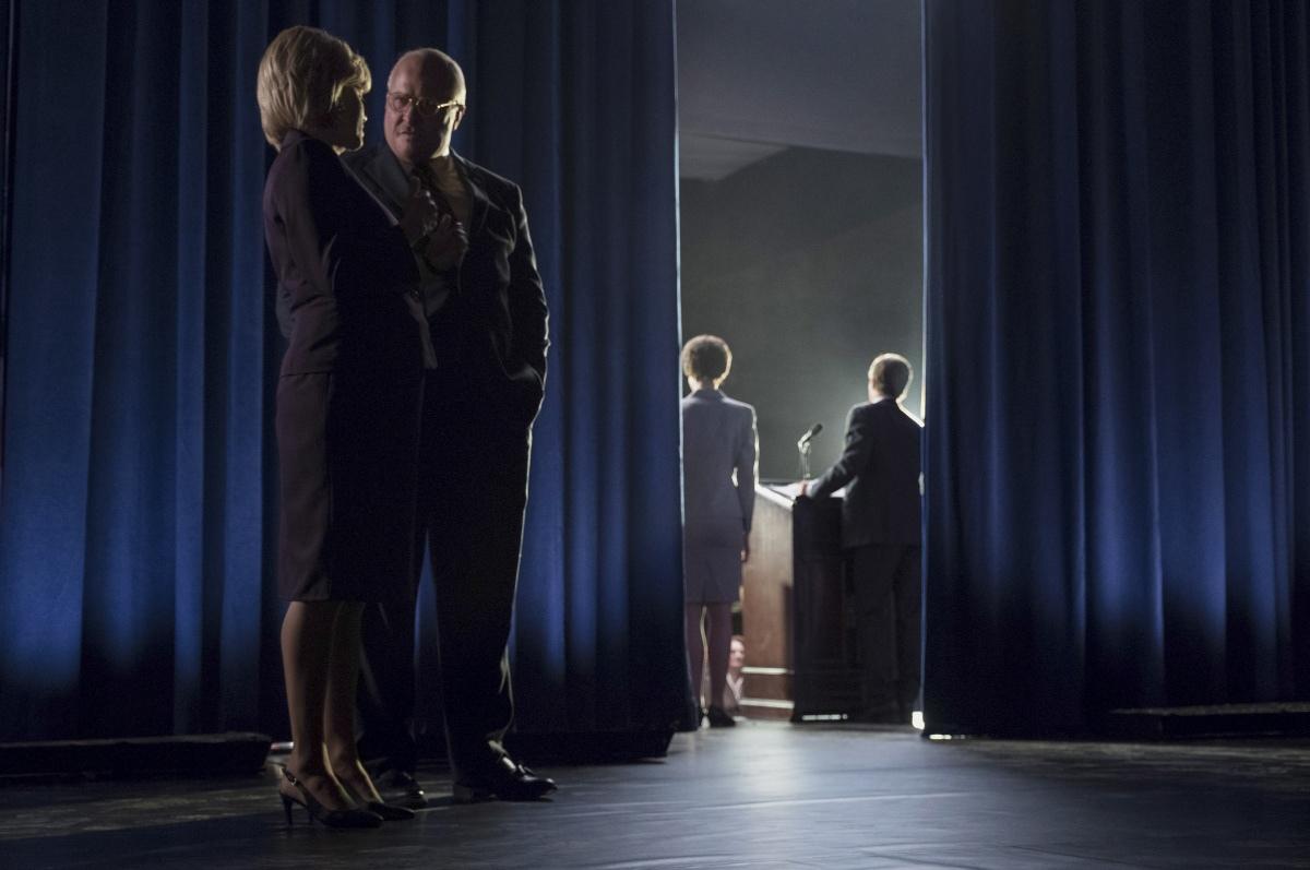 Vice - L'uomo nell'ombra: Christian Bale e Amy Adams in un momento del film