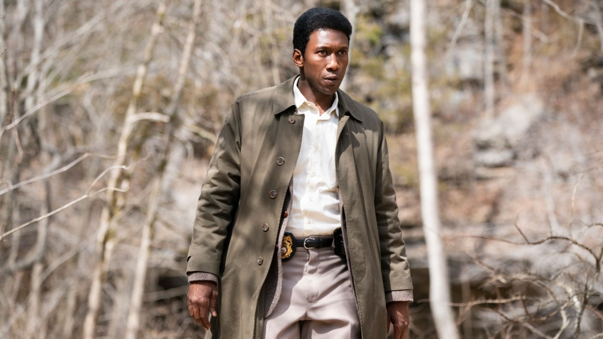 True Detective: una scena con Mahershala Ali, terza stagione