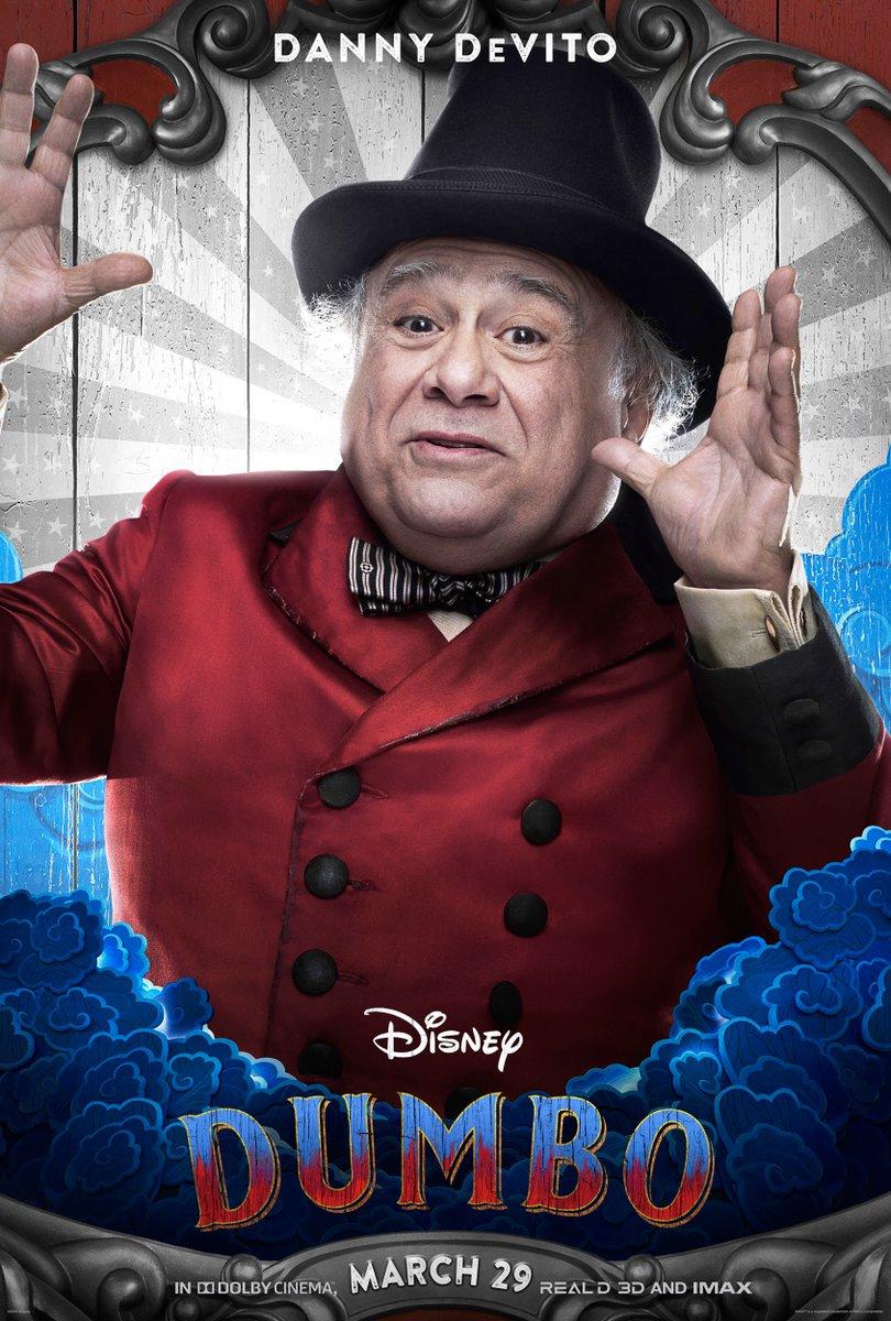 Dumbo: il character poster di Danny DeVito