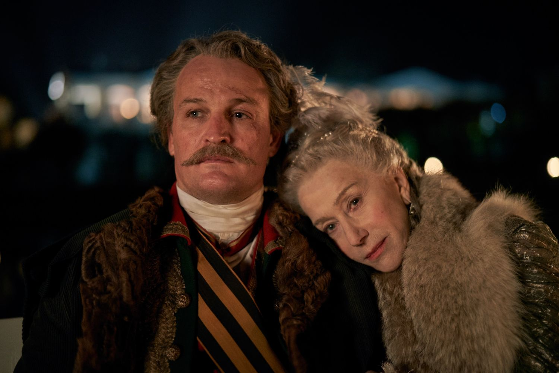Caterina la Grande: Helen Mirren e Jason Clarke in una foto