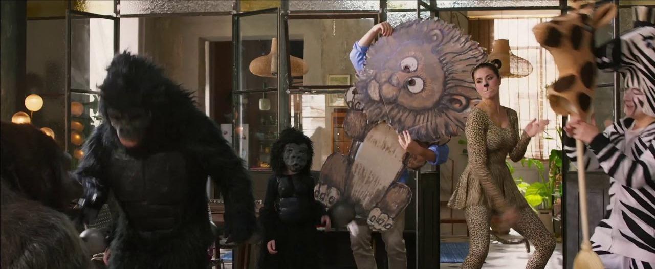 Attenti al gorilla: una scena del film