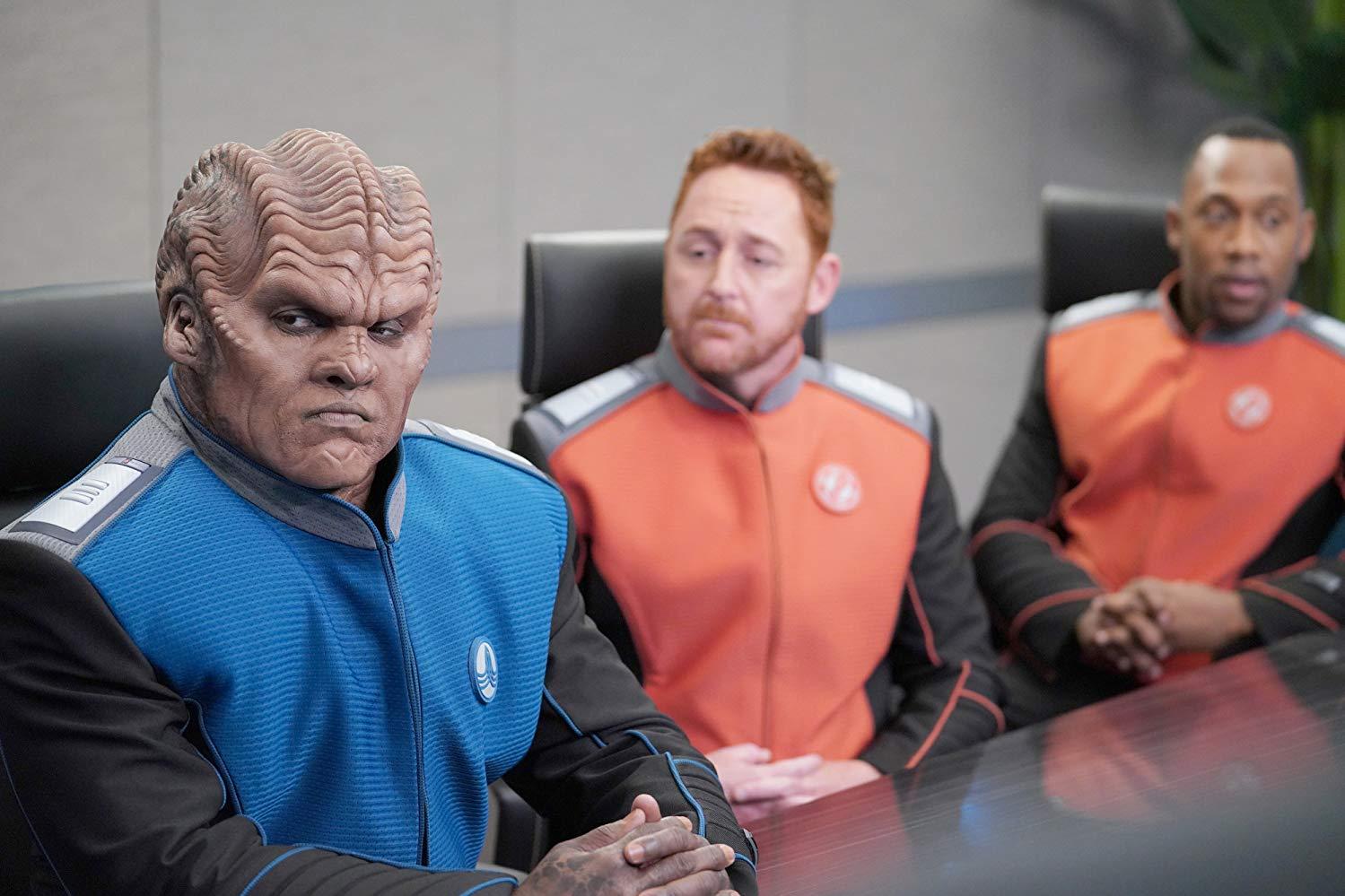 The Orville: Scott Grimes, Peter Macon, J. Lee in una scena della seconda stagione