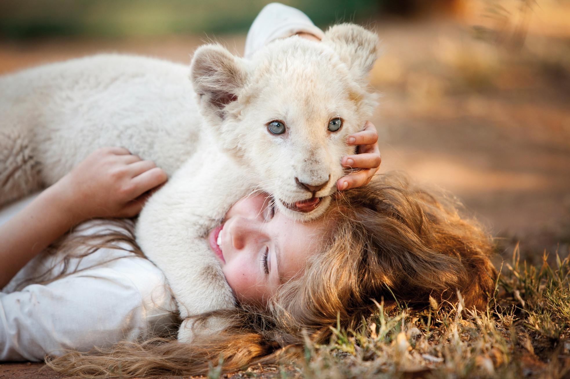 Mia e il leone bianco: un'immagine promozionale