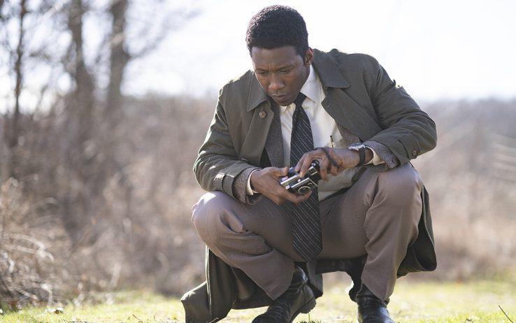 True Detective: una scena con Mahershala Ali nella premiere di stagione