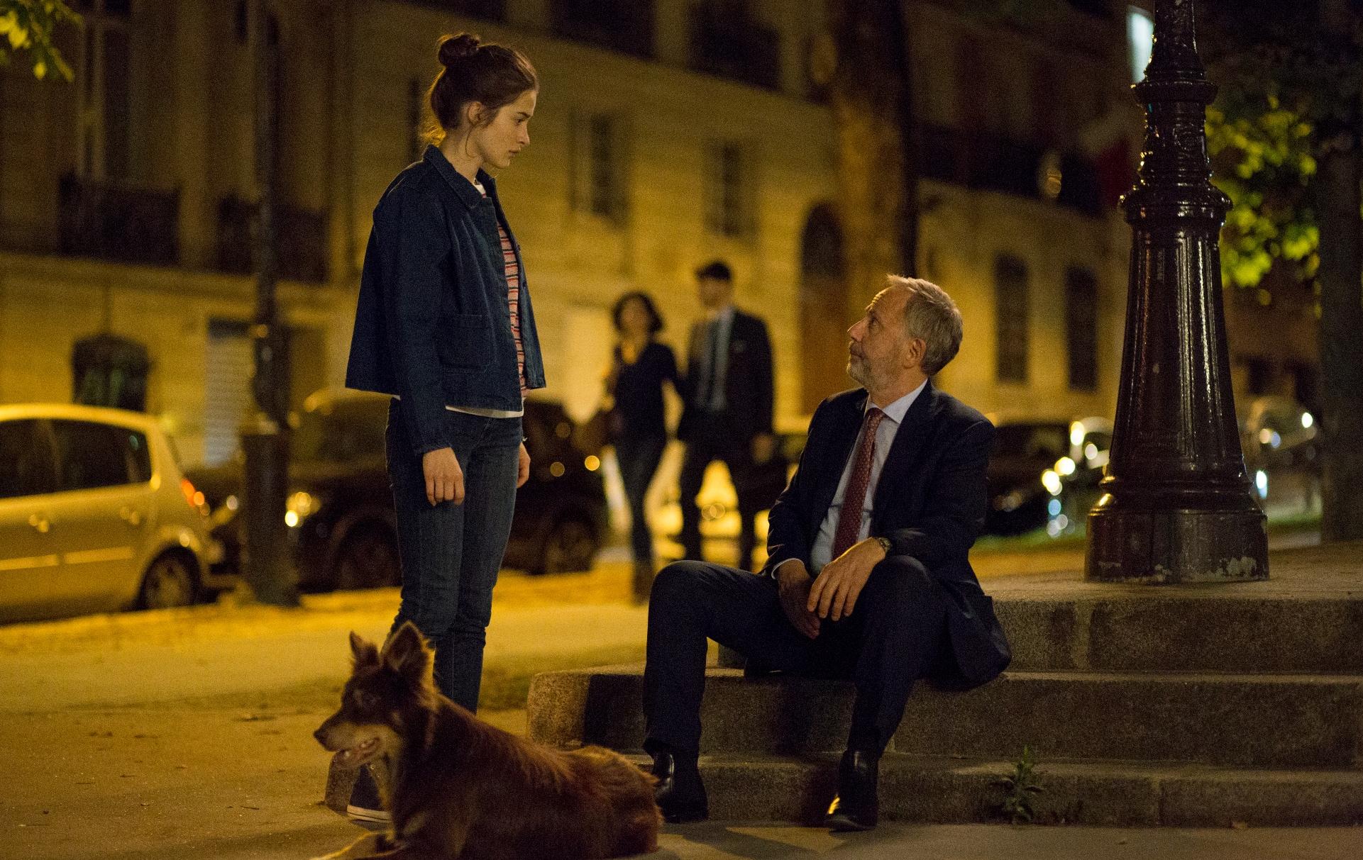 Parlami di te: Fabrice Luchini, Rebecca Marder in una scena