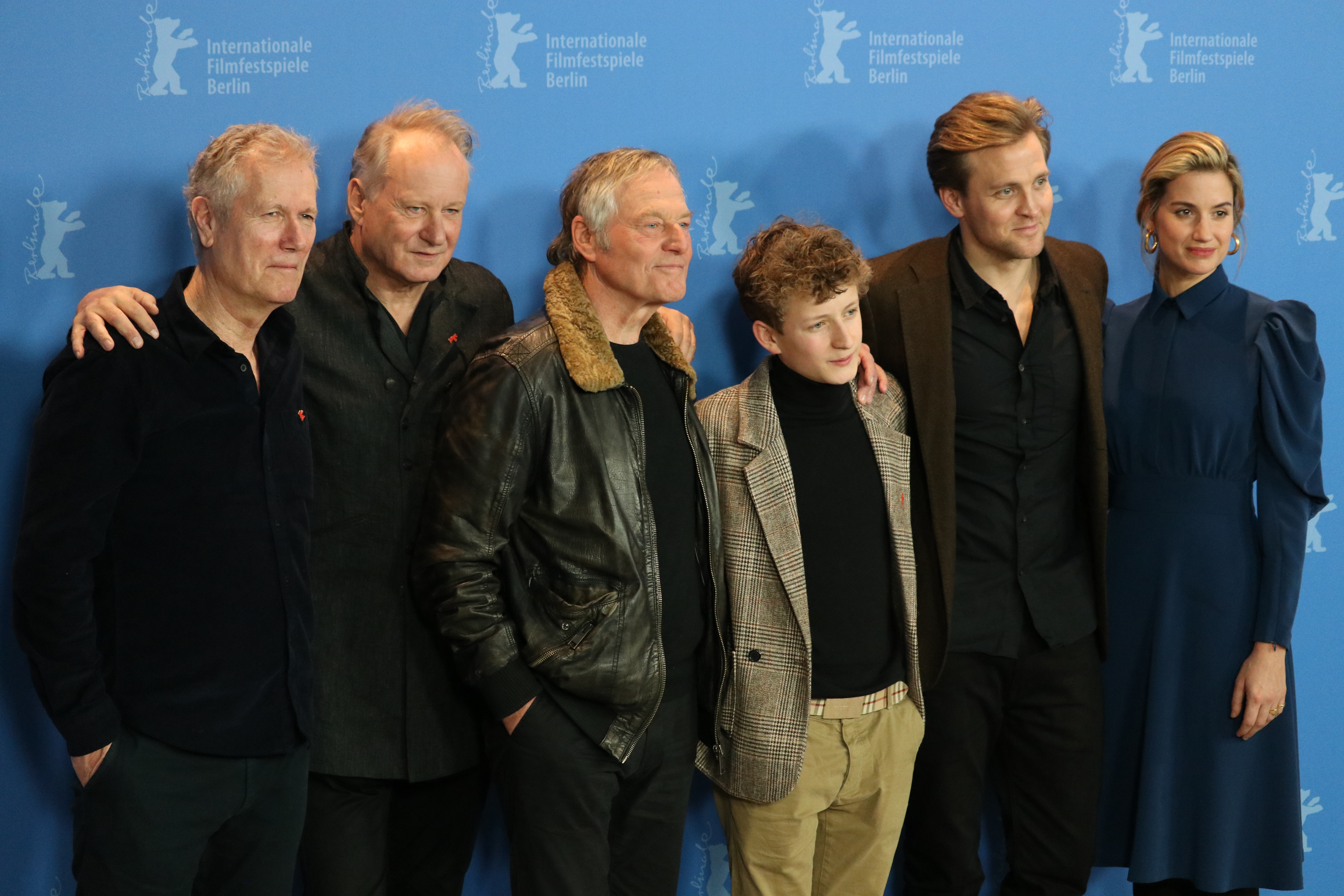 Berlino 2019: il cast al photocall di Out Stealing Horses