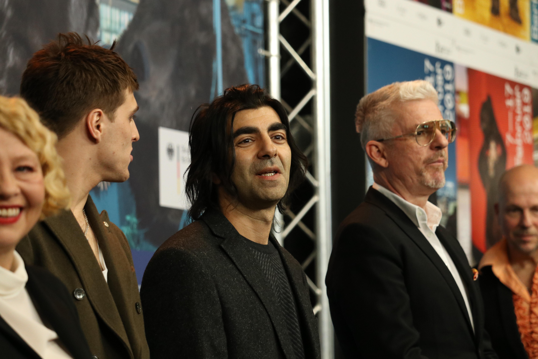 Berlino 2019: uno scatto di Fatih Akin alla conferenza di The Golden Glove