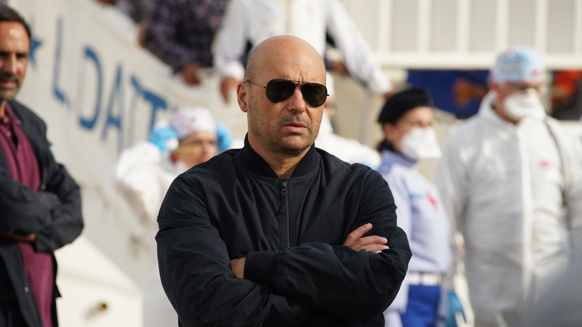 Il Commissario Montalbano: Luca Zingaretti durante una scena dell'episodio L'altro capo del filo