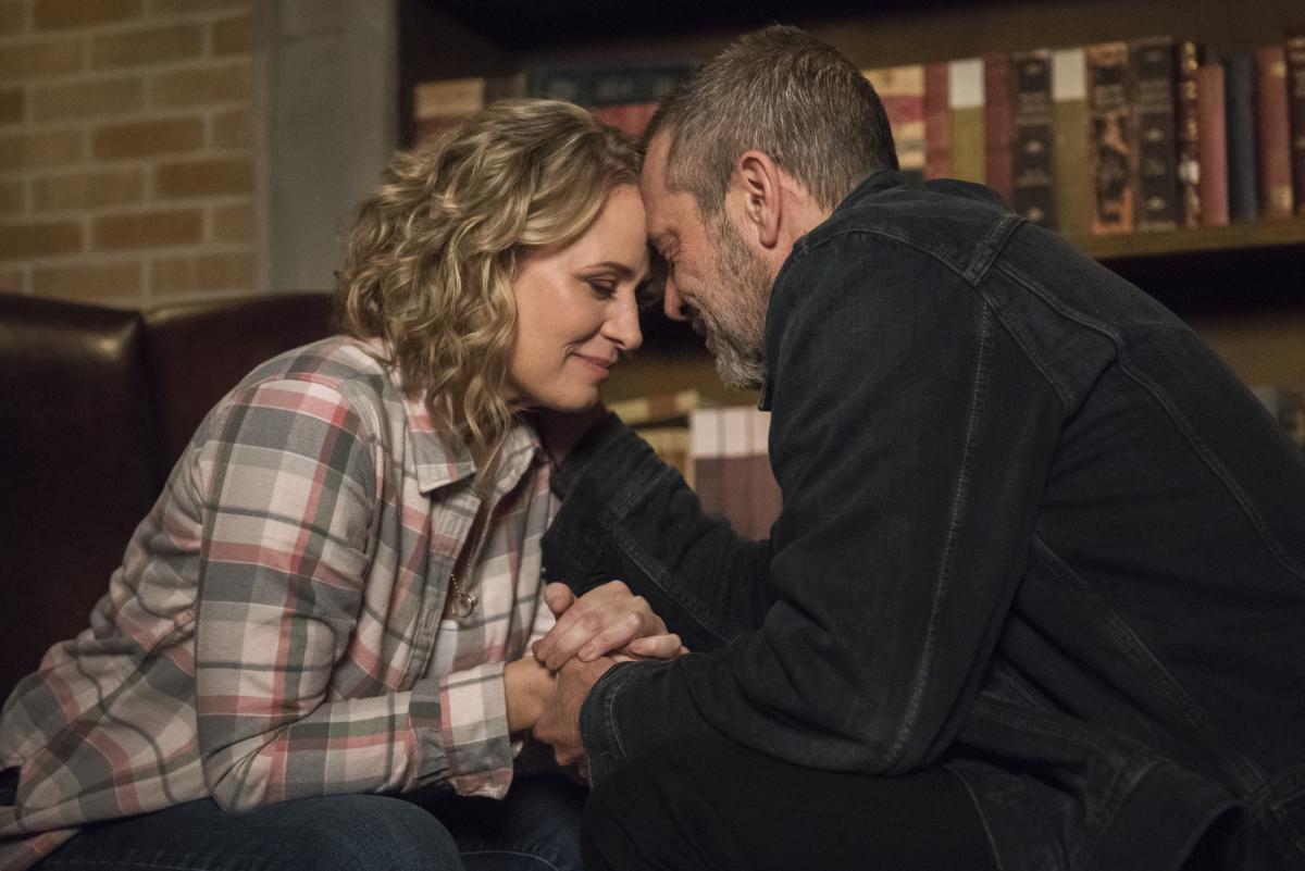 Supernatural: Samantha Smith e Jeffrey Dean Morgan nell'episodio Lebanon