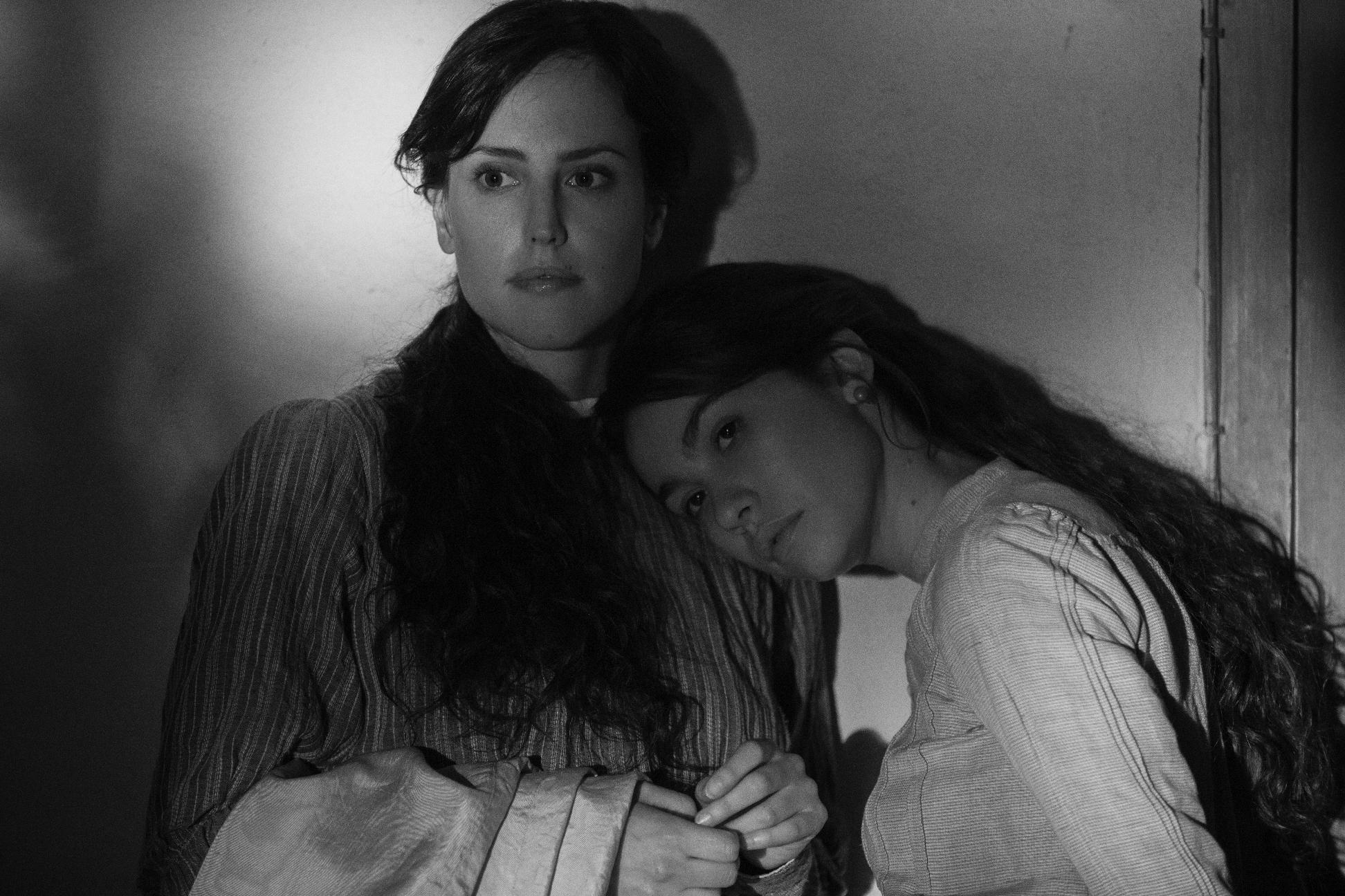 Elisa & Marcela: un'immagine del film