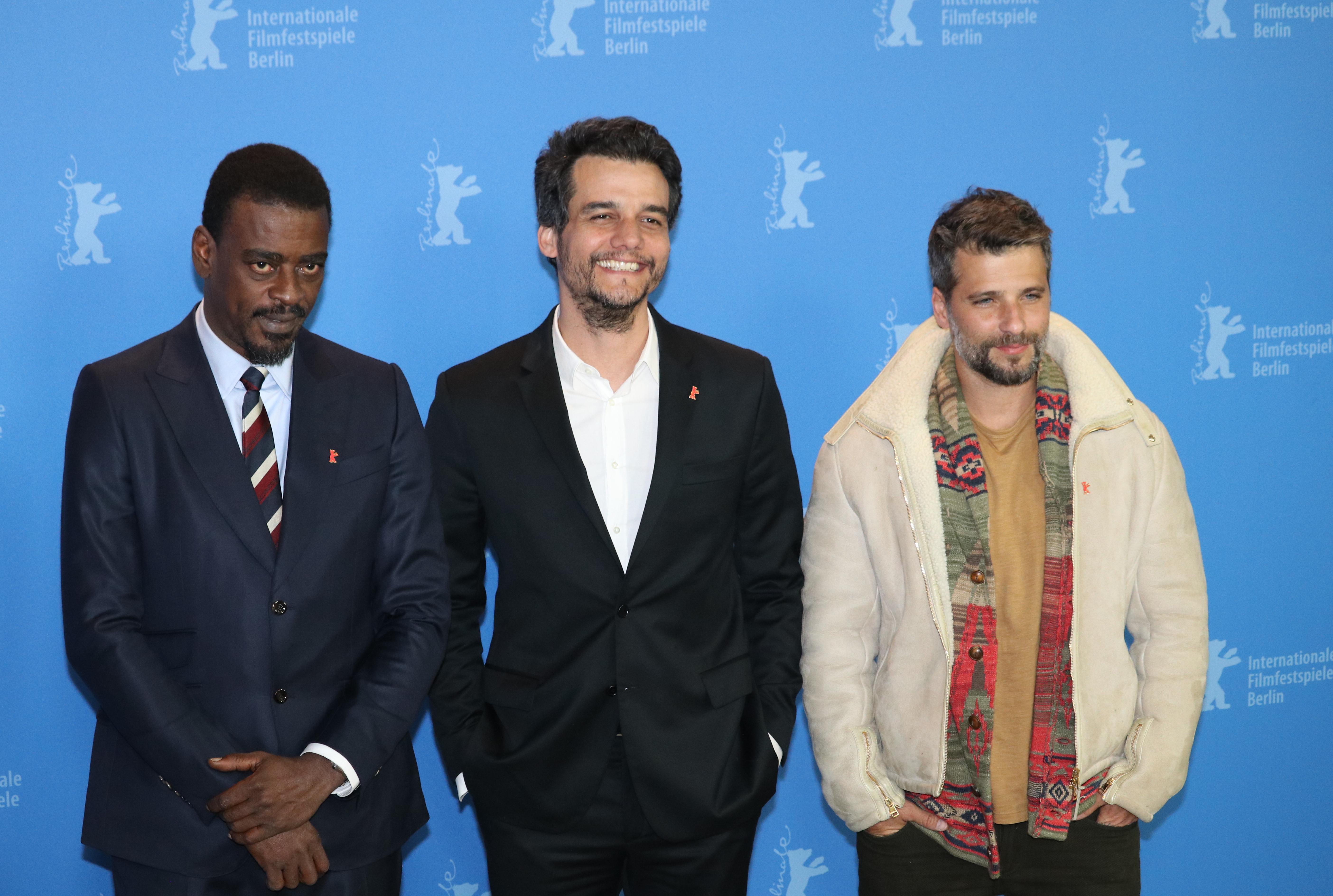 Berlino 2019: Wagner Moura, Bruno Gagliasso e Seu Jorge al photocall di Marighella