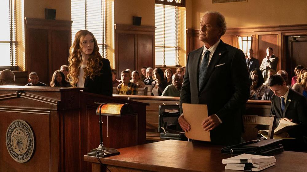 Proven Innocent: Kelsey Grammer e Rachelle Lefevre in una scena